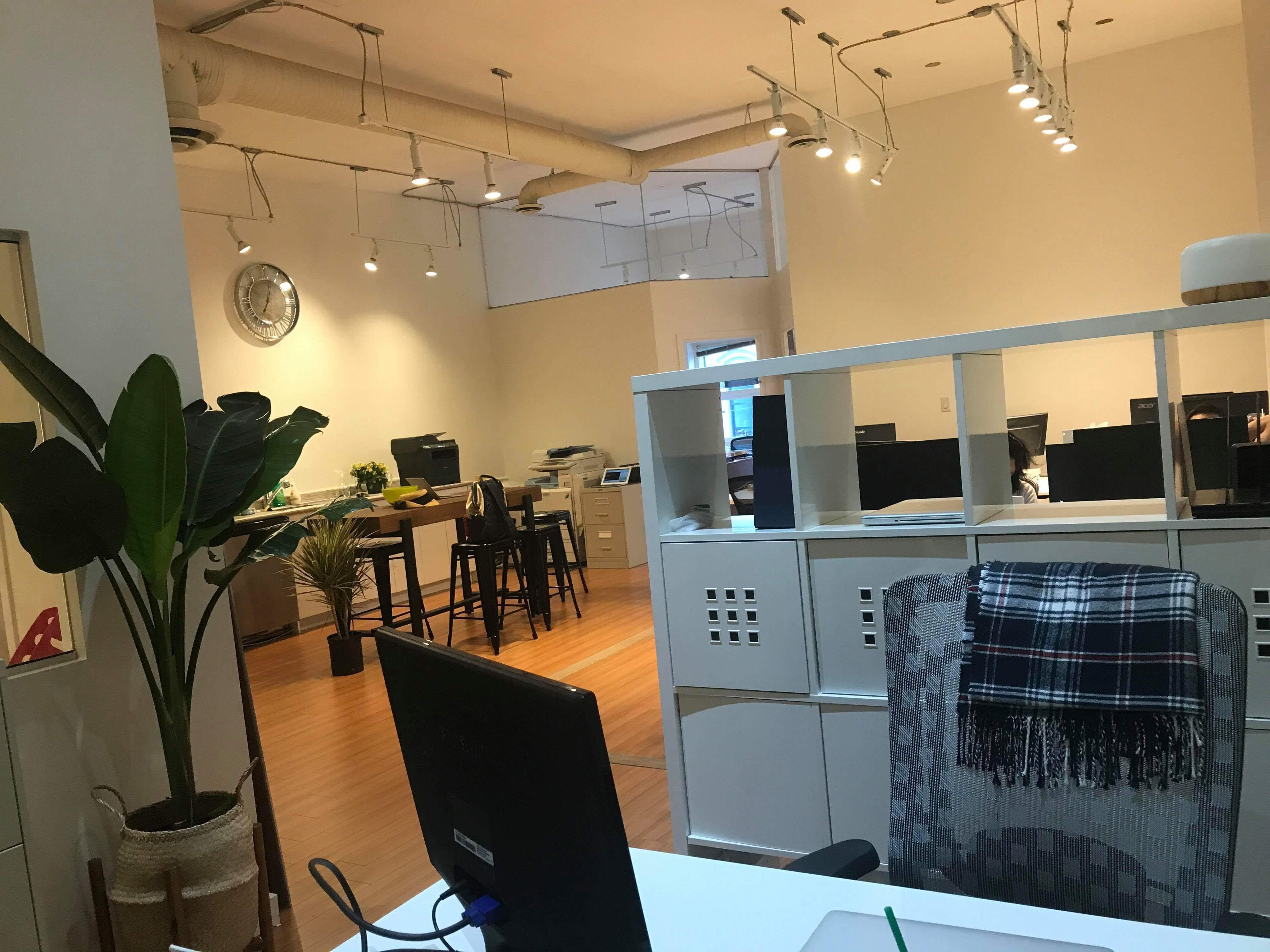 ホイクペディアの運営元COS留学サポートデスクの新オフィスに潜入してまいりました!