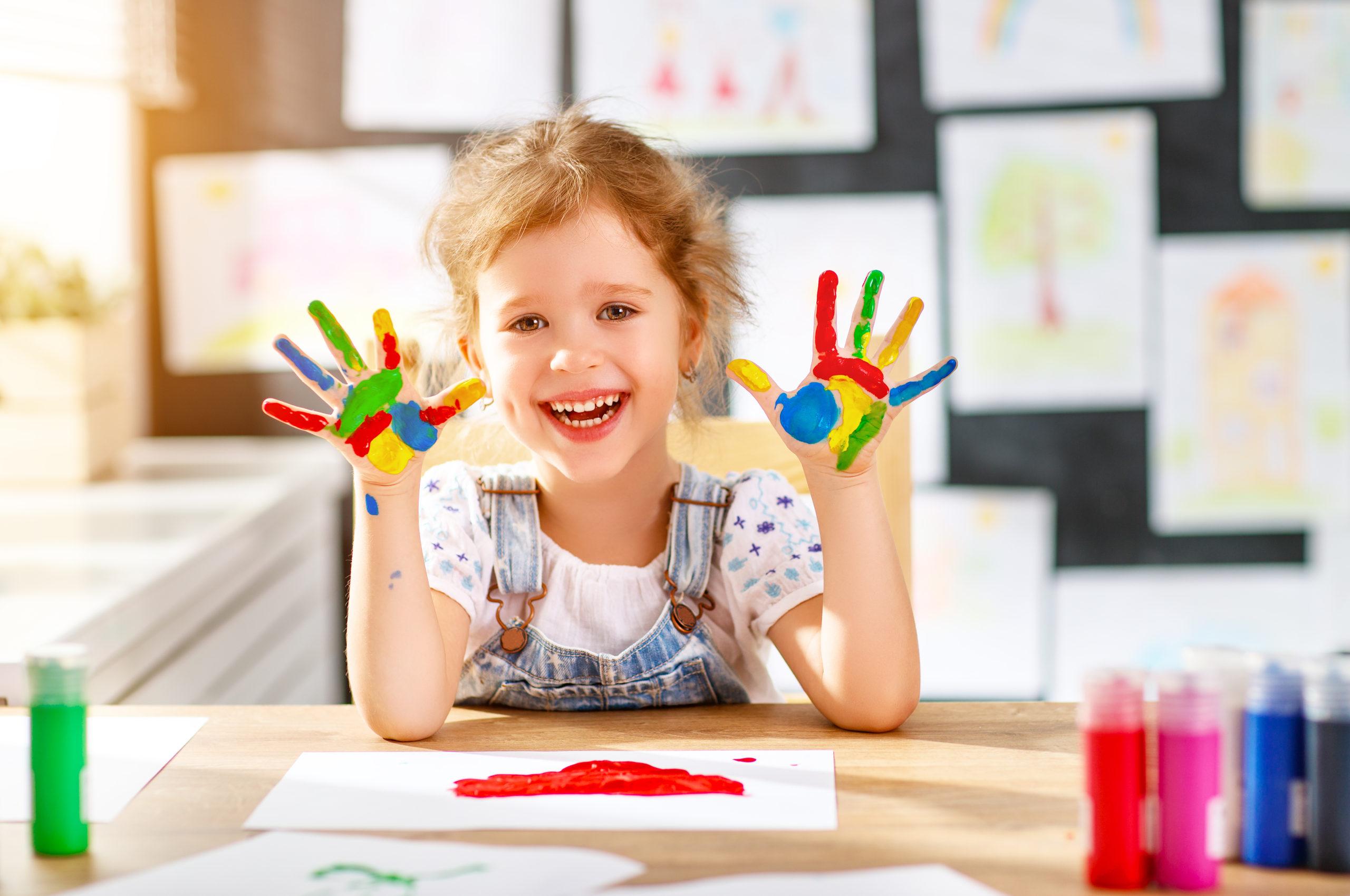 【保育カレッジ授業】保育園でのアートアクティビティの教え方