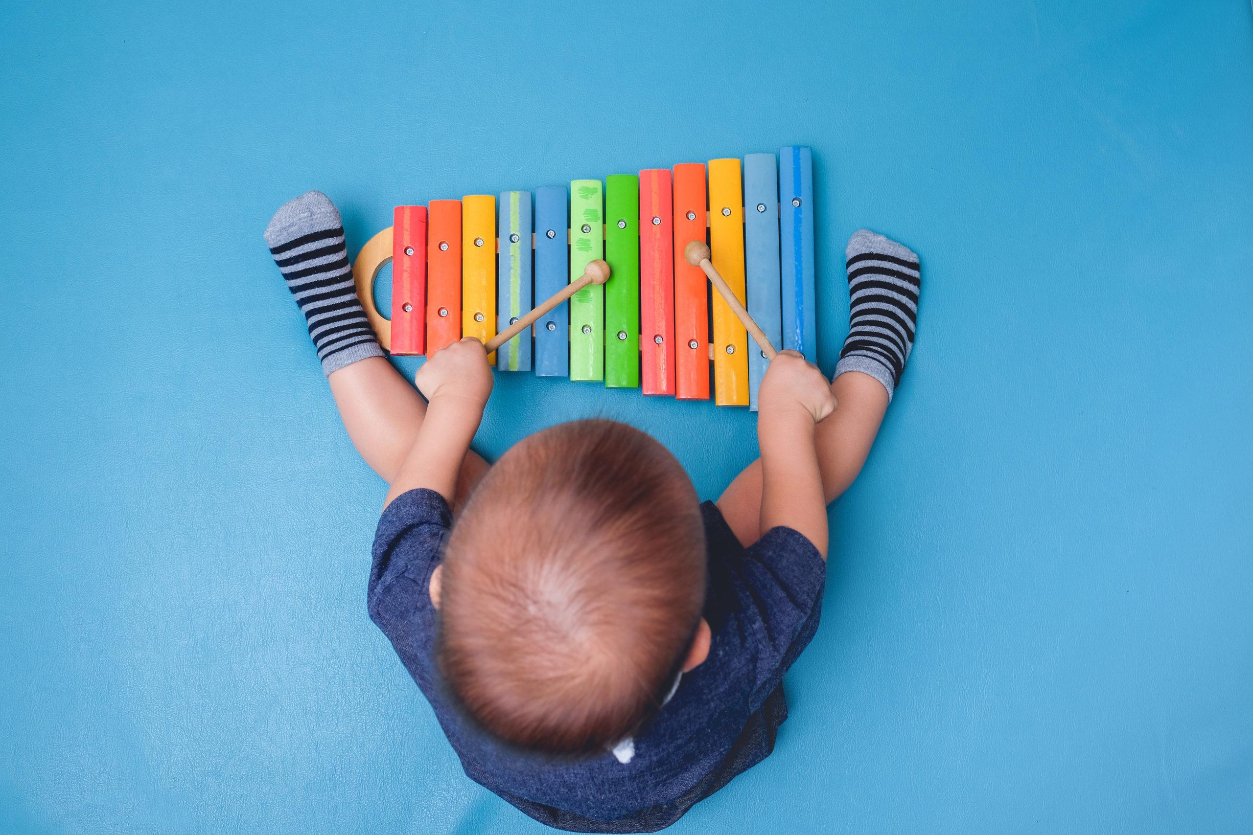 【保育カレッジ授業】子どもたちと楽しめる手作り楽器!