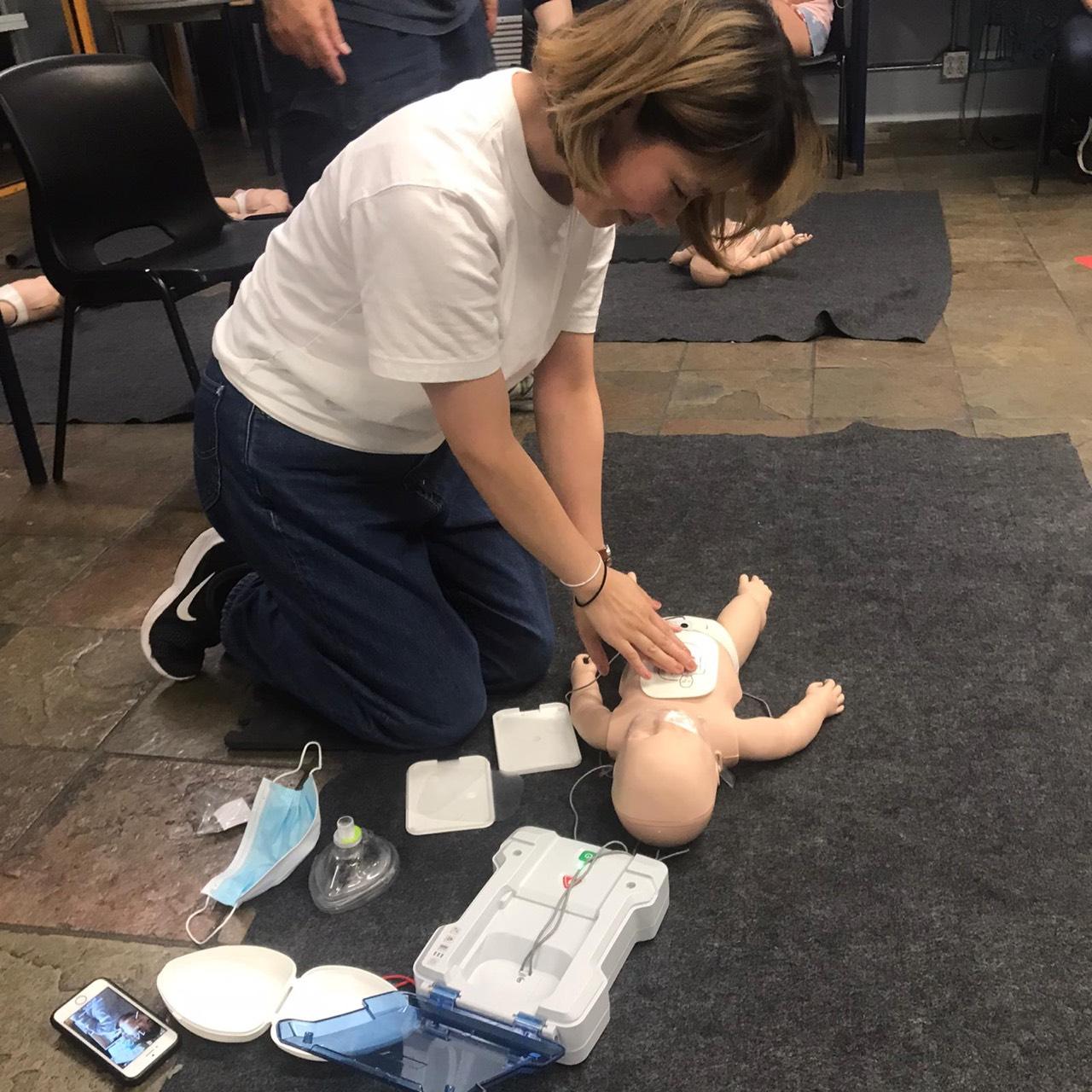 【保育カレッジ授業】緊急時の応急処置対応!First Aid講習を受けてきました